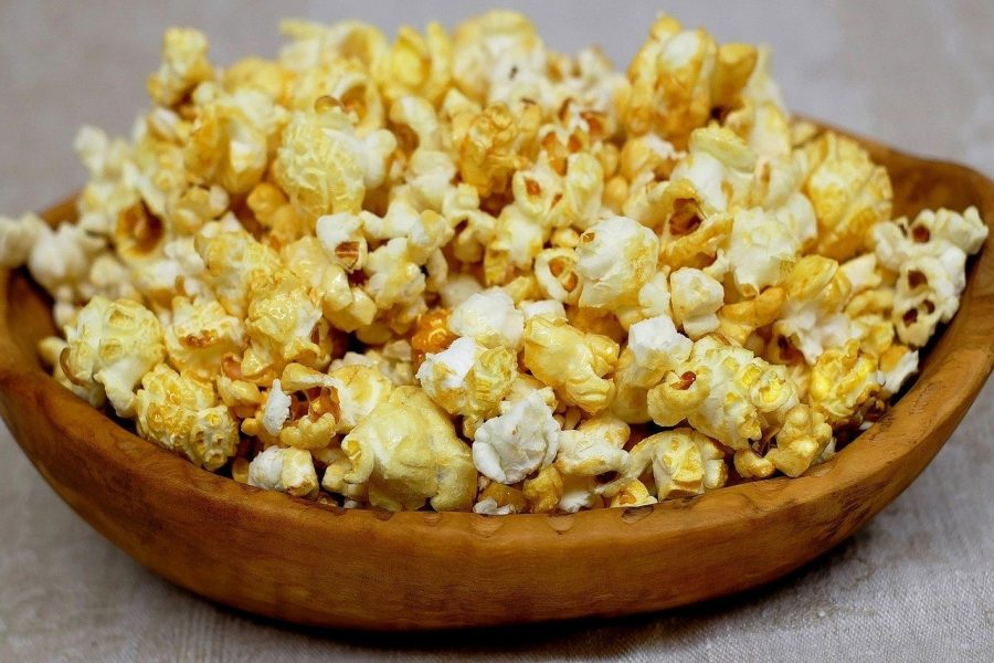 Popcorn is one of my favourite plastic free snack and probably the easiest too!